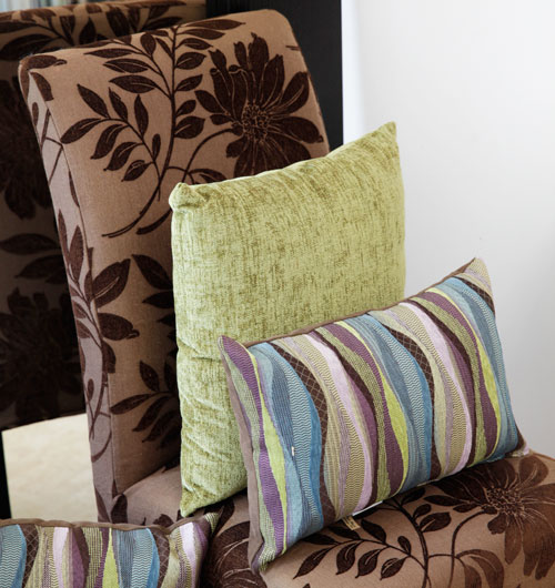 WelcomeHomeCayman_2015_furniture_cushions